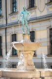 击剑者喷泉在弗罗茨瓦夫,波兰 免版税库存图片