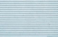 剥蓝色被绘的橡木的难看的东西上背景 免版税库存照片