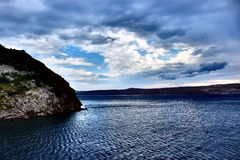 剧烈的天空和海 库存图片