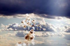 剧烈的天空和烟花喜欢抽象绘画 免版税图库摄影