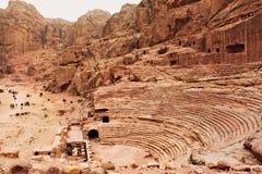 剧院在古城Petra 免版税库存照片