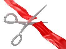 剪切红色丝带剪刀 免版税库存图片
