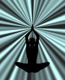 剪影实践的瑜伽在抽象背景中 图库摄影