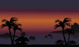 剪影美好的海滩风景  免版税库存图片