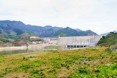 水力发电的发电厂 库存照片