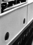 力大无比的式样船身标识牌&导缆孔 图库摄影