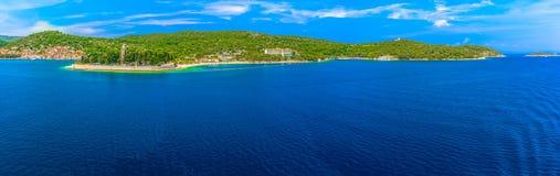 力海岛,克罗地亚夏天全景  免版税库存照片