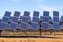力量太阳电池板系统 免版税库存照片