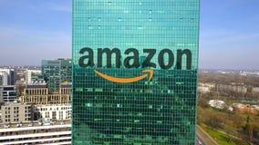 办公室摩天大楼空中射击有亚马逊的 com商标 编译的现代办公室 回报4K夹子的社论3D 股票录像
