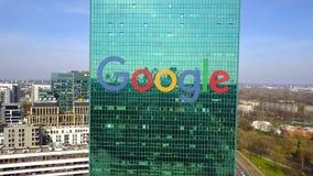 办公室摩天大楼空中射击有谷歌商标的 编译的现代办公室 社论3D翻译 免版税图库摄影
