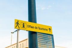 办公室de tourisme标志旅游接待处标志法国 免版税图库摄影