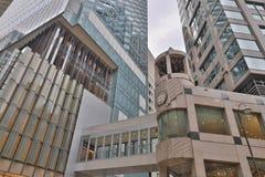 办公楼低角度在香港 免版税库存图片