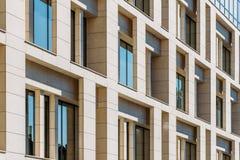 办公楼建筑细节  免版税库存照片