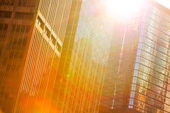 办公楼现代蓝色玻璃墙 免版税库存照片
