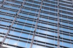 办公楼玻璃墙 免版税库存图片