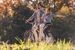 加上一辆纵排自行车 免版税图库摄影