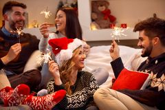 加上享用在党的闪烁发光物在圣诞节 免版税库存图片