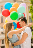 年轻加上气球 免版税库存照片