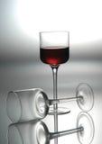 加伯奈葡萄酒杯子红葡萄酒 免版税库存图片