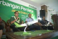 加倍在燃料获取的运输预算的印度尼西亚 免版税库存照片