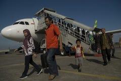 加倍在燃料获取的运输预算的印度尼西亚 库存照片