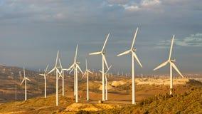 加利福尼亚农厂通过tehachapi美国风 库存照片