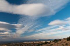 加利福尼亚双突透镜的云彩风景 图库摄影