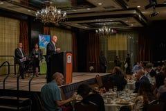 加利福尼亚州长埃德蒙G 布朗小 发言在2016个SEJ会议7上 库存图片