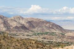 加利福尼亚汽车沙漠高赛跑的速度 库存照片