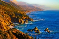 加利福尼亚海岸日落 免版税库存照片