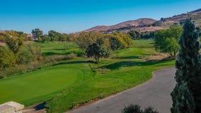 加利福尼亚高尔夫球场视图 免版税库存照片