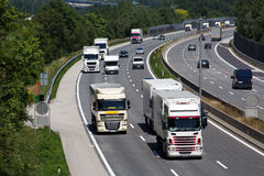 加利福尼亚高速公路卡车美国 免版税库存照片