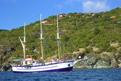 加勒比乐趣-海盗小船 免版税库存照片