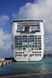 加勒比公主在口岸的背面图 库存照片