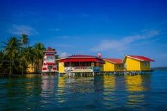 加勒比房子水 免版税图库摄影