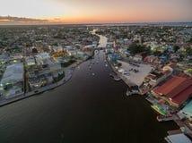 加勒比海和伯利兹都市风景 海岸夜间芬兰海湾光彼得斯堡st 图库摄影