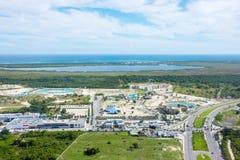 加勒比海岸线,多米尼加共和国鸟瞰图从直升机的 免版税库存图片
