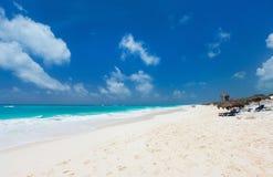 加勒比海滩和海运 免版税图库摄影