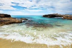 加勒比海滩和蓝色热带海在墨西哥 图库摄影