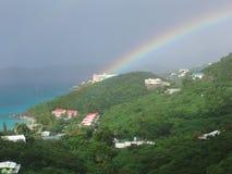 加勒比谷清早彩虹 免版税库存照片