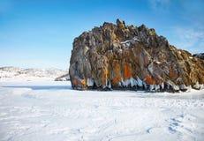 贝加尔湖在冬天 免版税库存照片