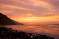 贝加尔湖岩石岸 免版税图库摄影