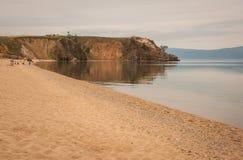 贝加尔湖,俄罗斯克里斯特尔清楚的水  库存图片