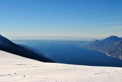 加尔达湖底部  免版税库存图片