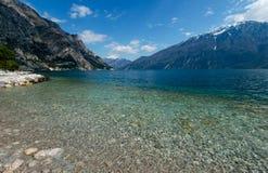 加尔达湖看法  库存图片