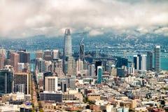 加州弗朗西斯科・圣 农贸市场,街市Buildi鸟瞰图  免版税库存图片