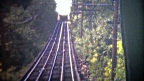 加得奴加,美国- 1952年:当它被修造了时,监视山斜面铁路自1895以来改变了一点 股票录像