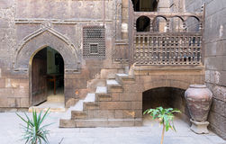 更加快乐的安徒生议院, 17世纪房子,开罗,埃及庭院  免版税库存照片