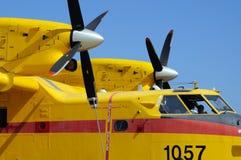 加拿大人的CL415火轰炸机 库存图片