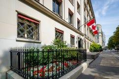加拿大使馆在巴黎,法国 库存图片